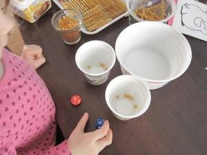 Sumar con perlas doradas juego montessori