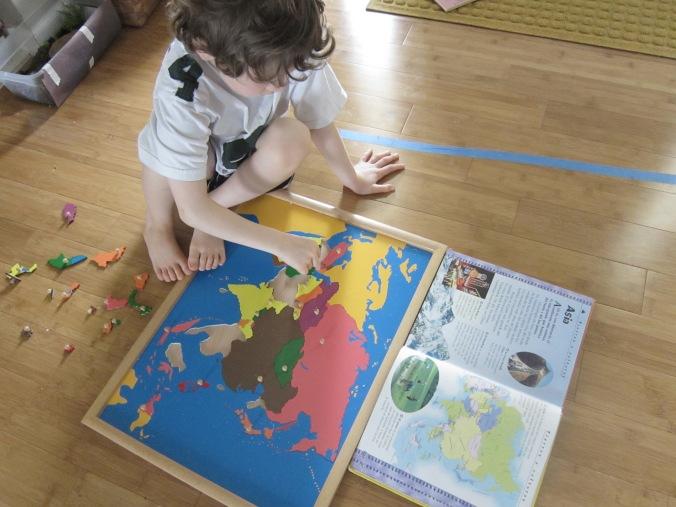 Geografía Montessori Asia